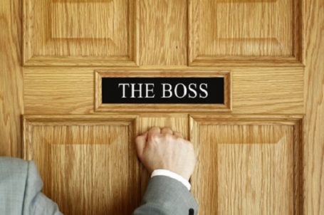perks of dating your boss Be the boss, not a friend by fortune editors january 18, 2011 then your ties to that person will prevent you from doing your job as the boss.